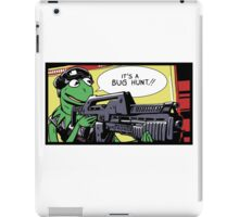 """It's a bug hunt!!"" iPad Case/Skin"