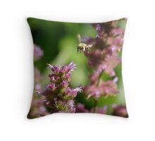 Bee & Flowers Woodstock NY Throw Pillow