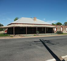 Broken Hill South, the Gladstone Hotel by Heather Dart
