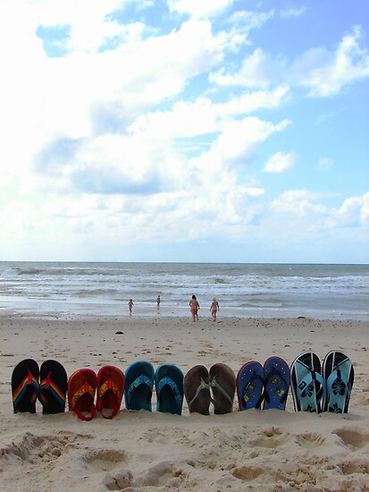 flip-flop set by Cyril Marchand