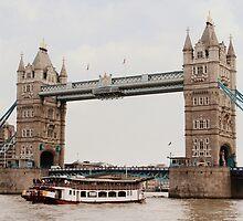 London's Number One Bridge by karina5