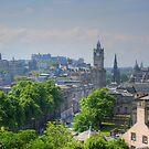 Edinburgh Skyline by Tom Gomez
