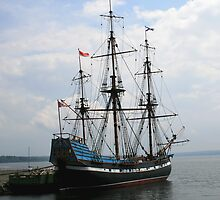 The Tallship Hector by HALIFAXPHOTO