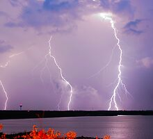 Multiple CG Lightning Strikes by Jeremy  Jones