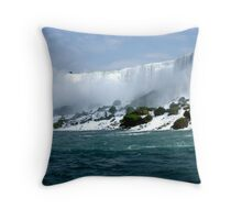 Niagara Falls 5 Throw Pillow