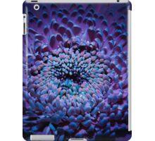 UV Induced Bio-luminescence 8 iPad Case/Skin