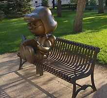 Peanuts Statues in Rice Park by Tom  Reynen