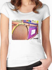 DellaBox Women's Fitted Scoop T-Shirt