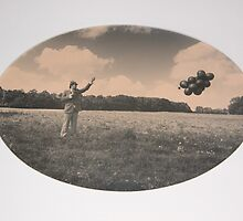 Pinhole Balloon Project by jhouse