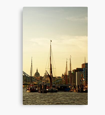Boats on Thames River at Sunset, London, England Canvas Print