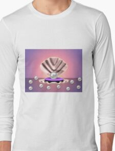 Pearl in shell 3 Long Sleeve T-Shirt