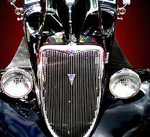 Black Skull by Anita Schuler