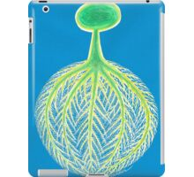 Tree,Roots and World. iPad Case/Skin