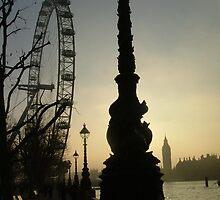 Dark Ferris Wheel by Luciee
