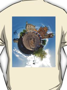 Walled City Market, Guildhall Square, Derry T-Shirt
