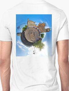 Walled City Market, Guildhall Square, Derry Unisex T-Shirt