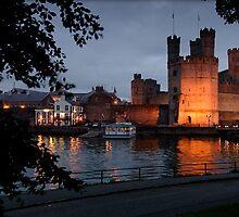 Caernafon Castle in Wales by chord0