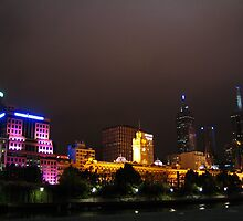Melbourne at night by jamesppbyrne