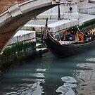 Gondola in Venice by Hilda Rytteke