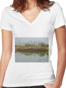 Barge HDR Women's Fitted V-Neck T-Shirt