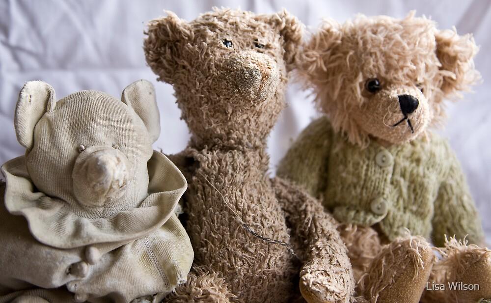 The tatty bears by Lisa Wilson