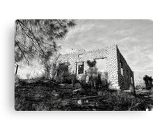 The Old Stone House Of Valyermo Canvas Print
