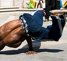 Breakdancer by Louis Galli