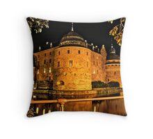Örebro castle new look Throw Pillow