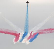 red arrows by carlawool