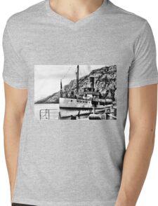 The Earnslaw Mens V-Neck T-Shirt