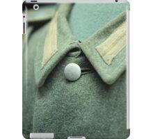 button on a soldier's uniform iPad Case/Skin