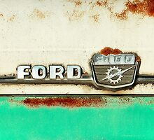 Turquoise Rusted Ford F100 by Tiltedgiraffes