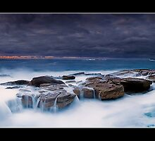 Coogee Bay by Kirk  Hille