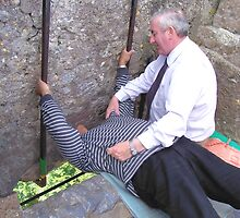 Kissing the Blarney Stone by pinnafore
