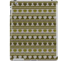 Knitted Pattern Set 16 - Hearts Green iPad Case/Skin