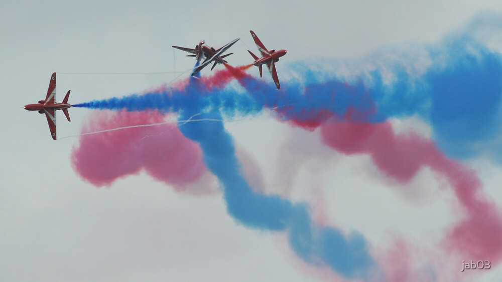 Red Arrows at the weymouth Carnival 3 by jab03