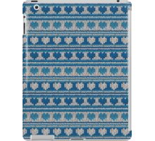 Knitted Pattern Set 18 - Blue Hearts iPad Case/Skin