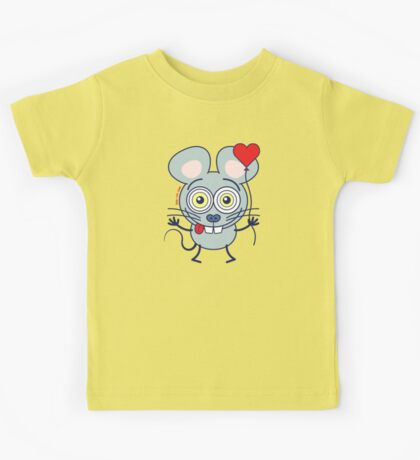 Funny gray mouse holding a heart balloon and feeling in love Kids Tee