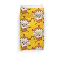 Funny brown monkey feeling crazy in love Duvet Cover