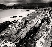 On the rocks at Morar by Linda  Morrison