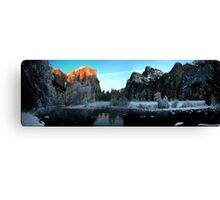El Capitan Alpen Glow in Yosemite during Winter Canvas Print