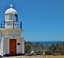 Ballina Head Lighthouse. by Jeanette Varcoe.
