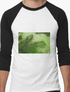 shadow of the palm leaves on the lawn Men's Baseball ¾ T-Shirt