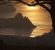 Three Cliffs Bay Gower by leightoncollins