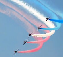 Red Arrows in Saudi Arabia 04 by Graham Taylor