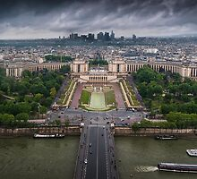 Storm approaching over Paris by leightoncollins