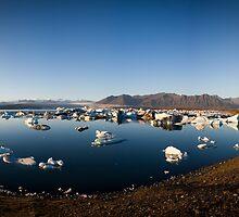 Jokulsarlon Lagoon (Iceland) by Phil Bain