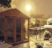 Summerhouse in winter by ElsT