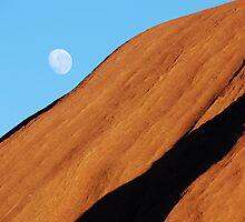 Uluru Moon by Inishiata