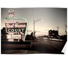 Rest Haven Court Motel. Missouri. (Alan Copson © 2007) Poster